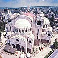 Hebung der Kuppel Juni 1989 in Belgrad.jpg