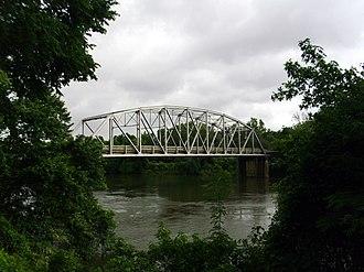 Arkansas Highway 51 - Image: Highway 7 and Highway 51 bridge in Arkadelphia, AR 001