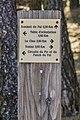 Hiking fingerpost in commune of Vezins-de-Levezou 02.jpg