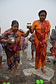 Hindu Devotees Returning After Holy Dip In Ganga - Makar Sankranti Observance - Baje Kadamtala Ghat - Kolkata 2018-01-14 6827.JPG