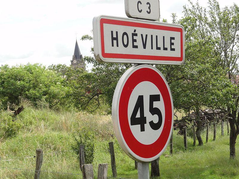 Hoéville (M-et-M) city limit sign
