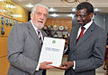 Honras militares e reunião com o Ministro da Defesa de Cabo Verde, Rui Semedo. (16700721917).jpg