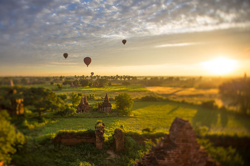 File:Hot Air Balloons over Bagan, Myanmar.jpg