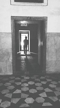 Humayun's tomb (Black and White).jpg