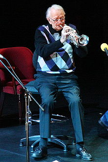 Humphrey Lyttleton -playing trumpet -Lyric Theatre 25n2007c.jpg