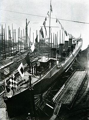Umikaze-class destroyer - Yamakaze launch at Mitsubishi Nagasaki, 1911