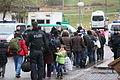 Immigranten - Flüchtlinge beim Grenzübergang Wegscheid (23102503342).jpg