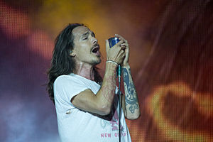 Brandon Boyd - Boyd performing with Incubus in 2012