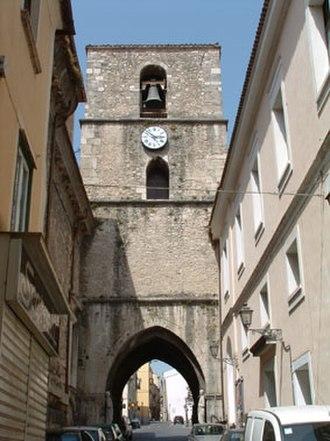 Isernia - San Pietro Arch.