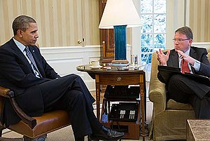 Jeffrey Goldberg - Goldberg with President Obama at the Oval Office, 2014