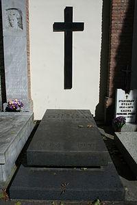 Jerzy Leszczyński grób 01.JPG