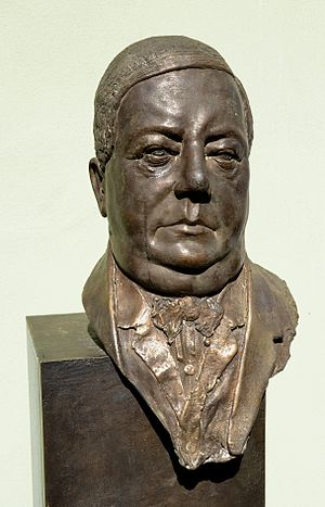 Josef Groll - Joseph-Groll-bust in Vilshofen an der Donau