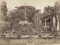 KITLV - 110109 - Courtyard of Lie Ming Koen in China - circa 1871.tif