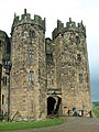 Keep of Alnwick Castle 2.jpg