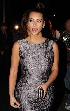 Kim Kardashian - Kardashian in Australia for the E! News: Red carpet and dinner in 2012
