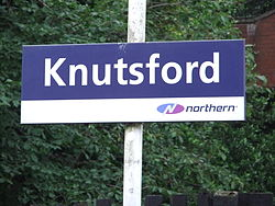 Knutsford railway station (1).JPG