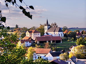 Kněžice (Jihlava District) - Image: Kostel sv. Jakuba staršího v Kněžicích