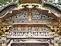 La porte Kara-mon du sanctuaire shinto Toshogu de Nikko (Japon (41435022880).jpg