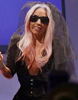 Lady Gaga - Polaroid.jpg
