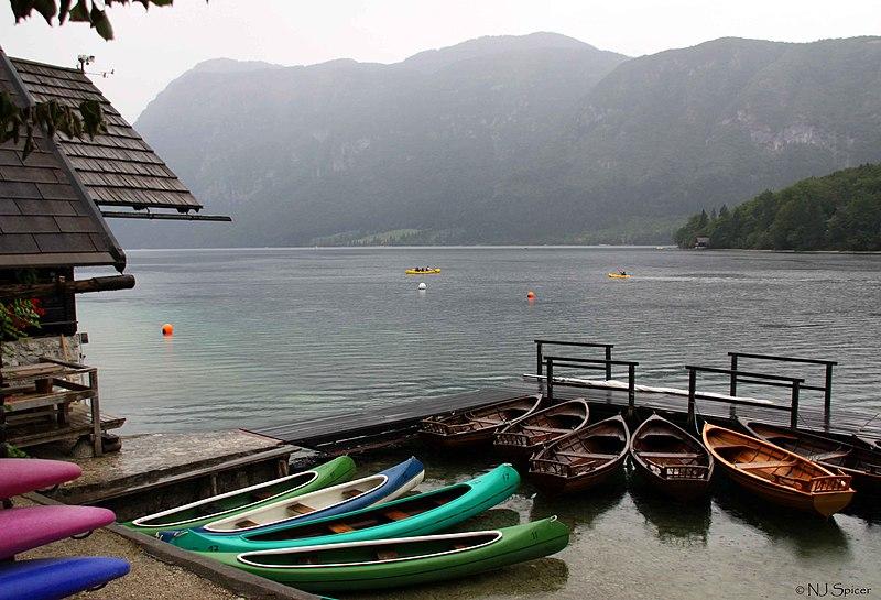 File:Lake Bohinj Slovenia (4933695023).jpg