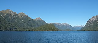 Lake Manapouri lake in Southland Region, New Zealand