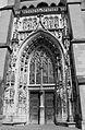 Lausanne, Cathédrale Notre-Dame, entrée actuelle.jpg