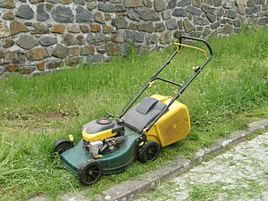 Walk-behind lawn mower