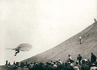 Hang gliding - Otto Lilienthal in flight