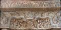 Linteau du temple Lolei (Angkor) (6969559265).jpg