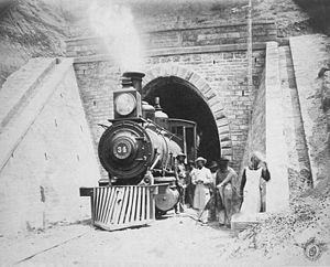 Central Northern Railway - Image: Locom tunel saladillo tucuman
