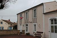 Loire-les-Marais - Mairie et école.jpg