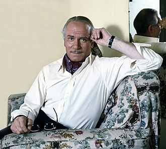 Sleuth (1972 film) - Laurence Olivier in his dressing room on the set of Sleuth (1972)