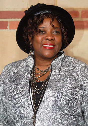 English: Loretta Devine at a performance of Th...