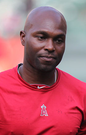 Los Angeles Angels right fielder Torii Hunter (48).jpg