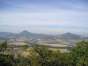 České Středohoří - Milešovka (left) and Kletečná as seen from Lovoš