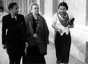Anarcha-feminism - Lucía Sánchez Saornil (left) and Emma Goldman in Spain during the 1930s