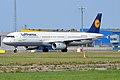 Lufthansa, D-AISL, Airbus A321-231 (15836876393).jpg