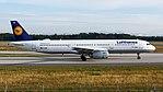 Lufthansa Airbus A321-200 (D-AISB) at Frankfurt Airport.jpg