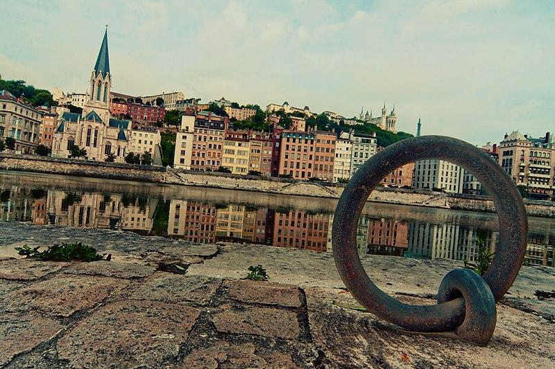 File:Lyon 2e 5e Saône Quai Fulchiron.jpg