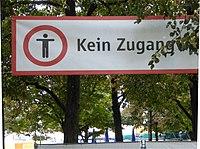München, 2016, Absperrung ums Oktoberfest, 1.jpeg