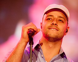 Maher Zain at Tuisa charity concert Essen Germany 2012.jpg
