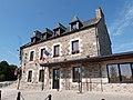 Mairie de Quemper-Guézennec.jpg