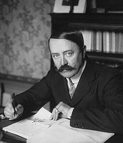 Marcel Prévost 1910.jpg