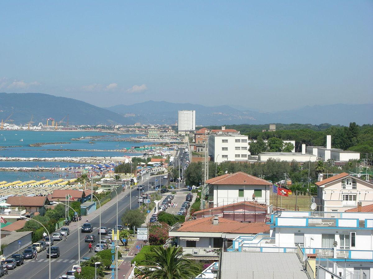 Matrimonio Spiaggia Marina Di Massa : Масса город — Википедия
