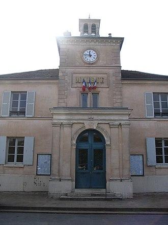 Marnes-la-Coquette - The front of the town hall of Marnes-la-Coquette