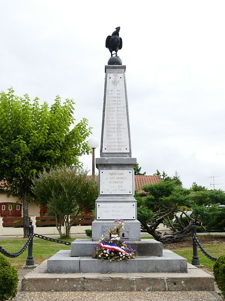 War memorial in Meilhan (Landes, Aquitaine, France).