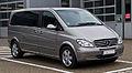 Mercedes-Benz Viano Kompakt CDI 3.0 V6 Ambiente (W 639) – Frontansicht, 1. Juni 2013, Ratingen.jpg
