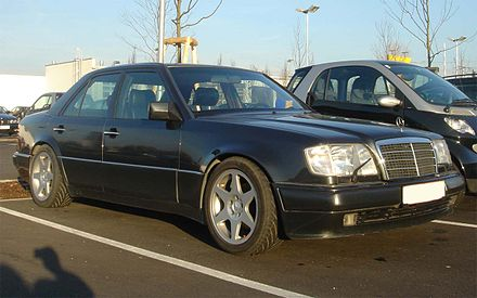 A Mercedes-Benz W124 chassis, similar to the car involved in the bombing. Mercedes W124 E-Class.jpg