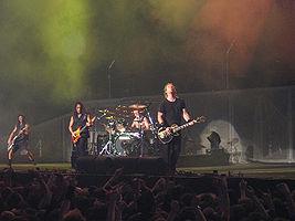 Metallica při koncertě v Londýně