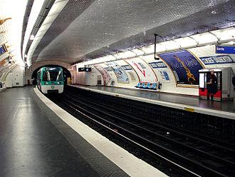 Censier – Daubenton (Paris Métro) - Image: Metro de Paris Ligne 7 Censier Daubenton 02